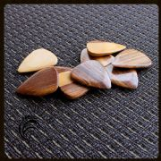 Timber Tones - Palemoon Ebony - 1 Pick | Timber Tones